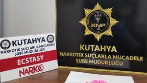 Kütahyada uyuşturucu operasyonuna 3 tutuklama