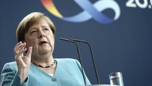 Almanya Başbakanı Angela Merkelden Avrupa için tarihi itiraf