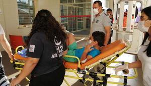 Ayağına vida batan çocuk, koltuk demiri kesilerek hastaneye götürüldü