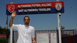 Son Dakika | Trabzonsporun yeni kalecisi Muhammet Taha Tepe yola çıktı