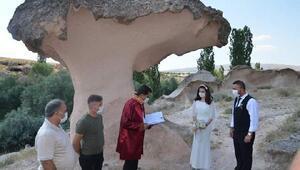 Kapadokyada Açıksaray harabelerine yeni evli çiftlerden yoğun ilgi