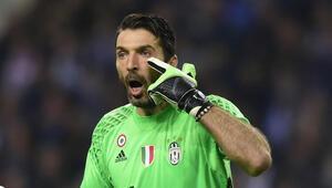 Buffon, Serie Ada en fazla forma giyen oyuncu oldu