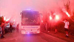 Trabzonspora Galatasaray maçı öncesi coşkulu uğurlama