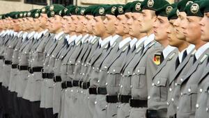Zorunlu askerlik geri mi geliyor