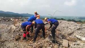Sakaryada patlamanın olduğu fabrika sahasında arama çalışmaları devam ediyor