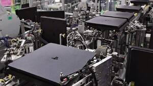 Robotlar 30 saniyede bir PlayStation 4 üretiyor