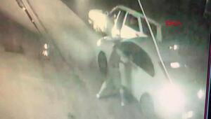 Pendikte eski sevgili dehşeti Yolunu kesti, aracın camını kırdı