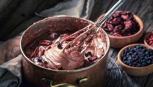 Evde Sağlıklı Çikolata Nasıl Yapılır İşte Tarifi...
