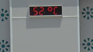 Şoke eden görüntü Termometre 52 dereceyi gösterdi...