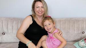 Sağlıkçı anneden, küçük kızının icra yoluyla alınmasına tepki