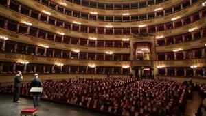Opera sanatının mabedi kapılarını açtı