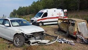 Muğlanın Dalaman ilçesinde iki otomobil çarpıştı: 2 ölü, 1 yaralı