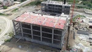 Serik Kültür Merkezi inşaatı devam ediyor