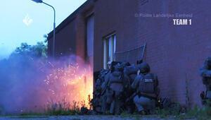 Hollanda'da konteynerda işkence odaları bulundu