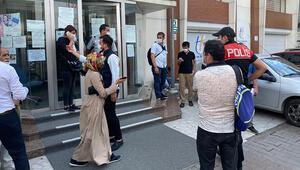 Ümraniye Tapu Müdürlüğü önünde polis denetim yaptı