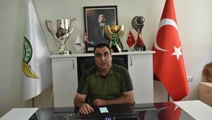 Akhisarspor'da maaş polemiği Süper Lig'e çıktıktan sonra konuşacağız...