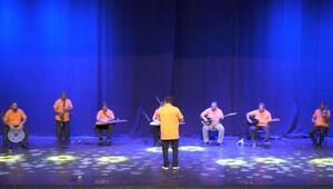 Muratpaşa Temizlik İşleri müzik grubu gecenin yıldızı oldu