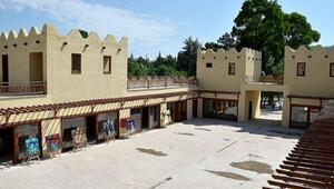 Çorumda 2,5 milyon liraya inşa edilen Hitit köyü turistleri ağırlamaya hazır