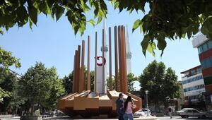 15 Temmuz şehitleri anıtta yaşayacak