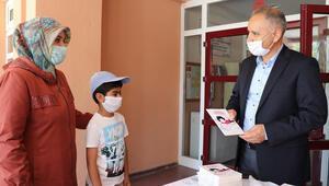 Bakan Selçuk: 'Arkadaş'ı okullara gönderdik