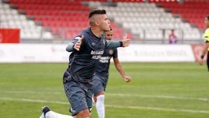 Beşiktaşta transferde gençlik aşısı Fatih Kuruçuk izleniyor...