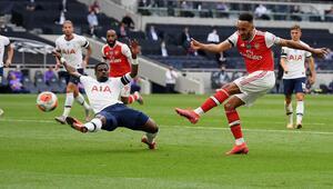 Kuzey Londre derbisinde Tottenham Arsenali 2-1 yendi