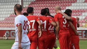 Akhisarspor son haftaya Süper Lig umuduyla giriyor