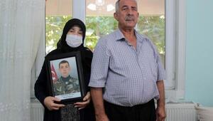 15 Temmuz şehidinin annesi: Oğlum zırhlı araçtayken bomba atılmış