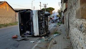 Otomobille servis minibüsü çarpıştı: 1 ölü, 6 yaralı