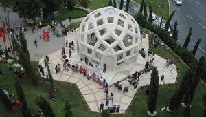 15 Temmuz Şehitler Makamına ziyaretçi akını