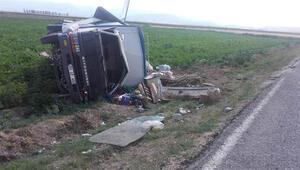 Afyonkarahisarda korkunç kaza 3 kişi yaralandı