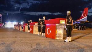 Vanda şehit olan polis memurları memleketlerine uğurlandı