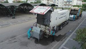 Kocasinan Belediyesi, çöp konteynırlarını dezenfekte ediyor