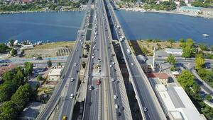 İstanbullular dikkat Haliç Köprüsünde bir ay sürecek yol çalışması başladı
