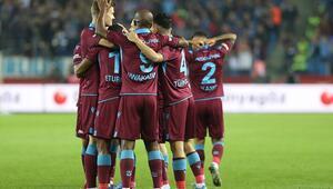Trabzonsporun gözü sahada, kulağı Başakşehirde