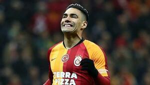 Galatasarayda Falcao, Muslera ve Luyindama tribünde
