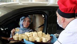 Avrupalı Türklere 'tatlı' karşılama