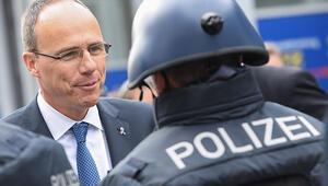 'İstifa etsin, polisin omzundaki yük kalksın'