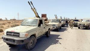 Sirte'ye büyük yığınak