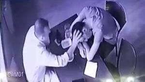 Bu nasıl arkadaşlık Sızan arkadaşının cüzdanını çaldı