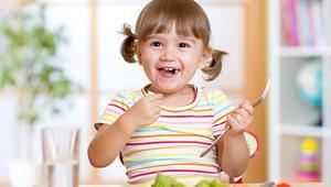 Sebze ve meyve tüketimi çocukları enfeksiyonlara karşı korur