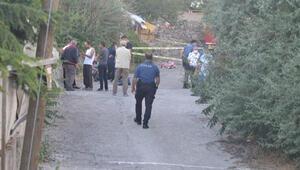Ankarada yaşlı çiftin yaşadığı gecekonduda yangın: 1 ölü, 1 yaralı