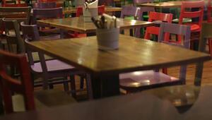 İçişleri Bakanlığından yeni genelge Lokanta, restoran ve kafelerde çalışma saatleri kısıtlaması kaldırıldı
