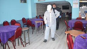 Sivasta kahvehaneler dezenfekte ediliyor