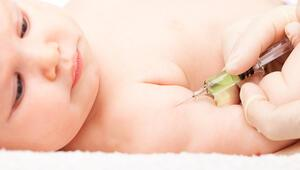 Koronavirüs sürecinde çocukların rutin aşıları ihmal edilmemeli