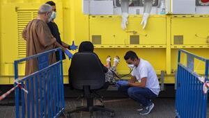 İsrailde günlük koronavirüs vaka sayısında rekor