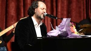 Yücel Arzen kimdir Ayasofya şarkısı yazarı Yücel Arzen'in hayatı