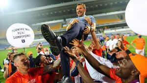 Okan Buruk, Süper Ligde şampiyon olan 12. yerli teknik direktör oldu