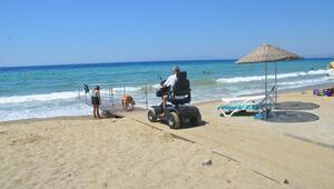 Kuşadası'nda engelsiz plajlar oluşturuldu