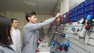30 teknik lisede AR-GE merkezi kuruldu